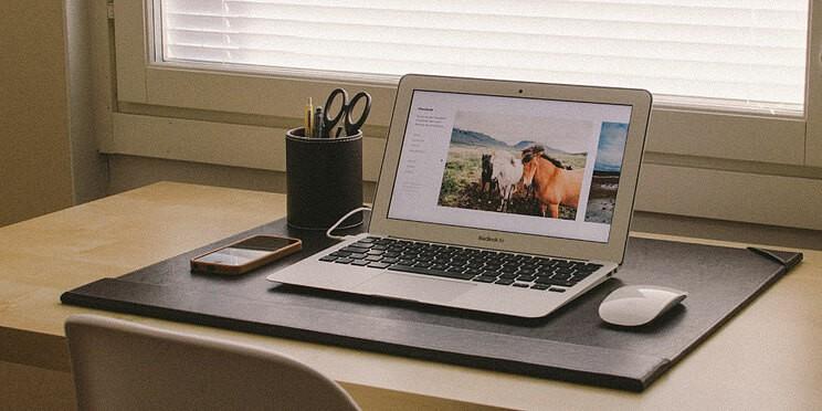 super clean desk